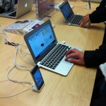 Late_2010_MacBook_Air_at_Apple_Store