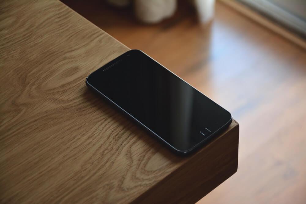 de beste smartphones onder 300 euro techreview. Black Bedroom Furniture Sets. Home Design Ideas