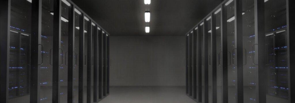 Een serverkast; veilig, gestructureerd en efficiënt